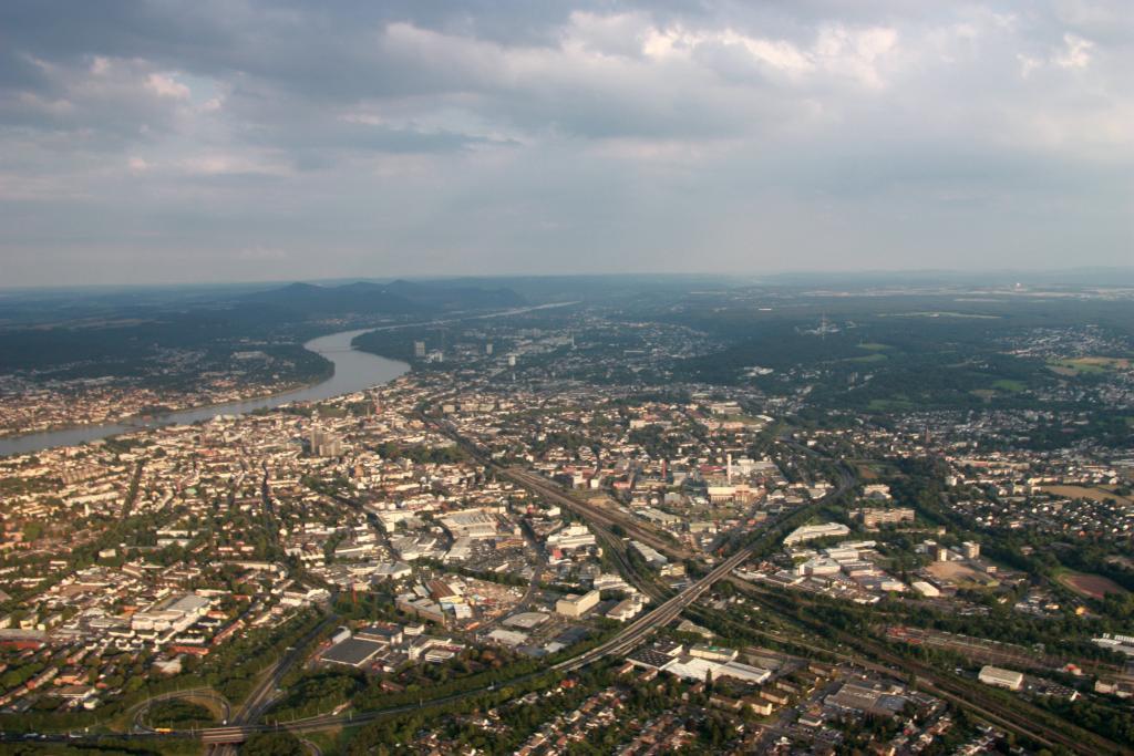 Gyrokopter.rundflug.Bonn.Bruehl.Phantasialand.Haus-am-See-BnB.Bild21