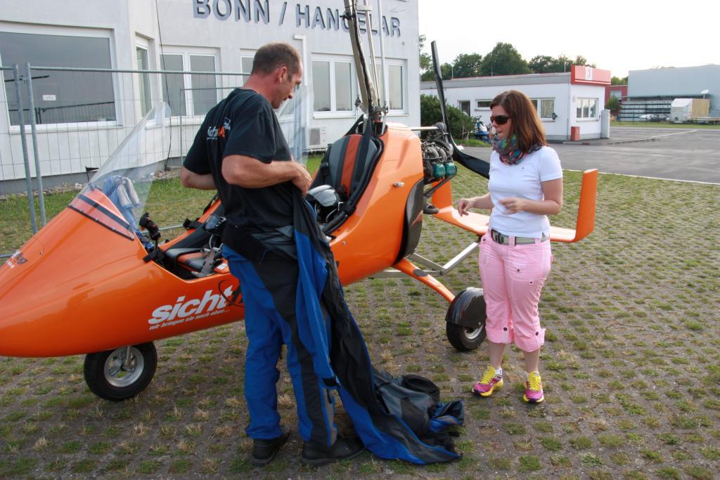Gyrokopter.rundflug.Bonn.Bruehl.Phantasialand.Haus-am-See-BnB.Bild26