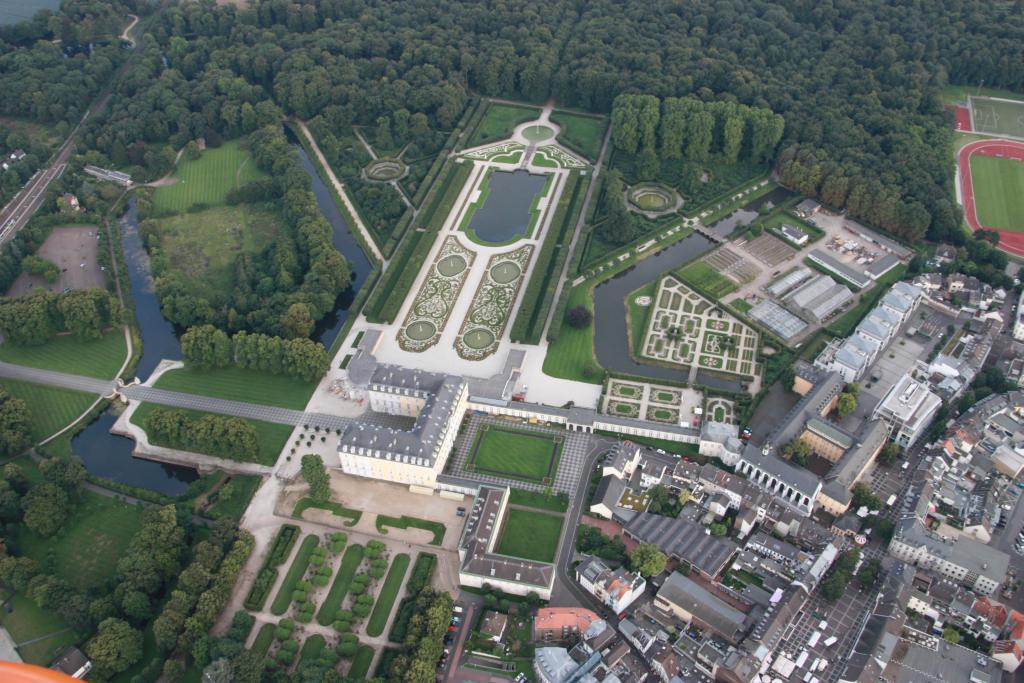 Gyrokopter.rundflug.Bonn.Bruehl.Phantasialand.Haus-am-See-BnB.Bild35